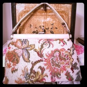 Vintage tapestry embroidered carpet bag purse